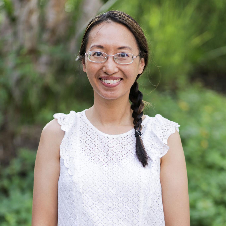 Stephanie Hahn